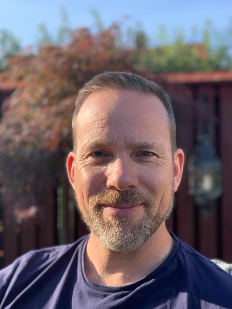 Frederik Källström, 49, arbetade i över 20 år inom flygbranschen. Pandemin har lett till att han nu skolar om sig.