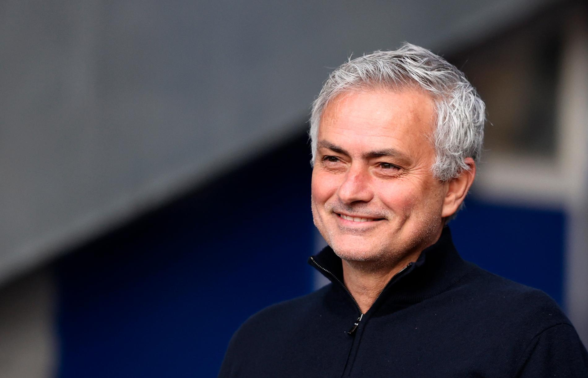 José Mourinho är klar som ny tränare för Roma i Serie A