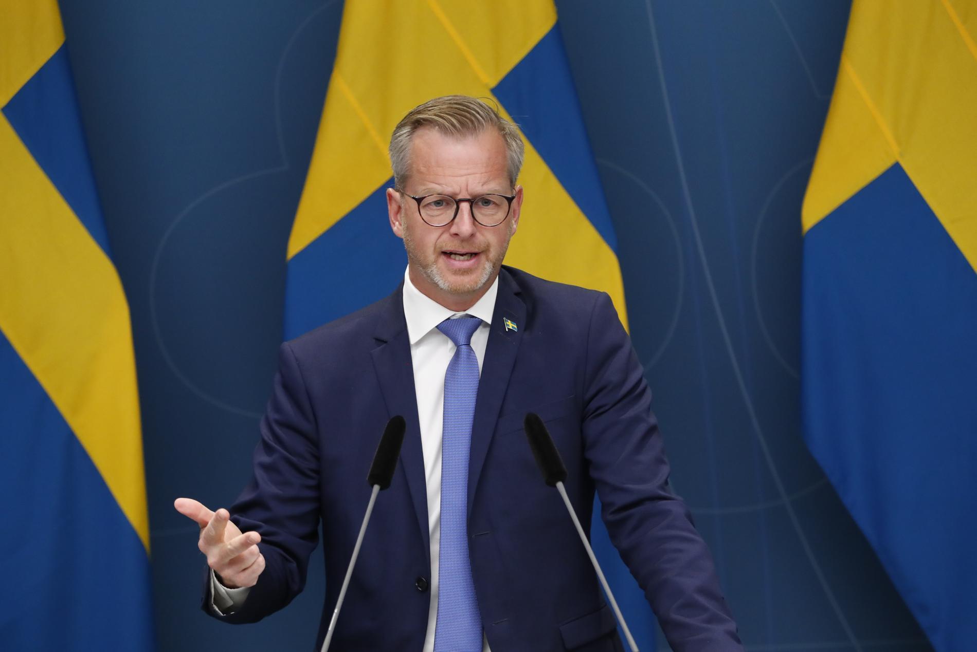 Inrikesminister Mikael Damberg under onsdagens pressträff om utredningen om datalagring för brottsvekämpning.