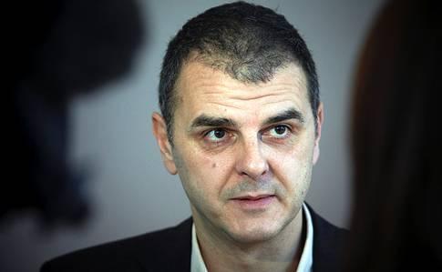 Jasenko Selimovic (L).