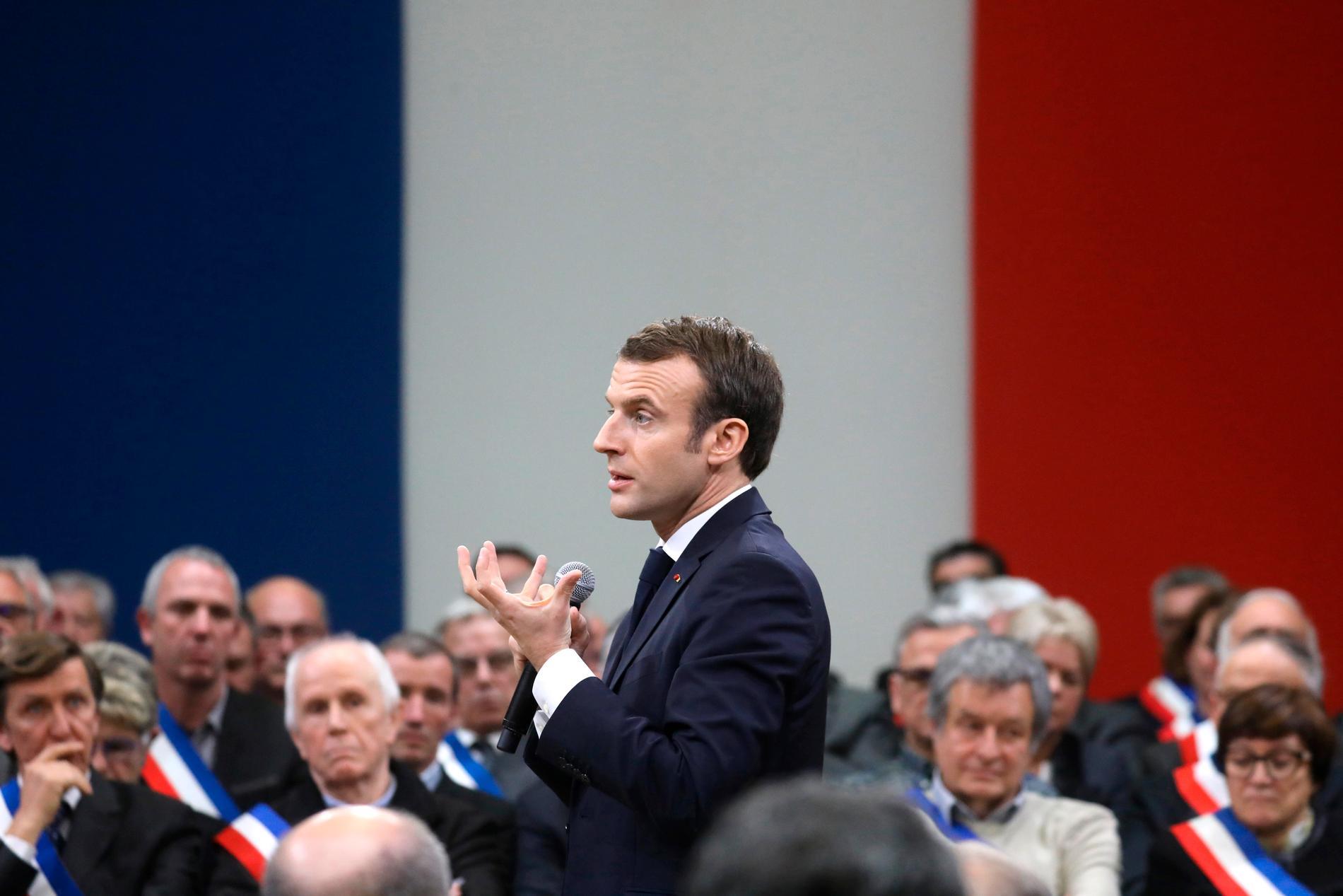 Frankrikes president Emmanuel Macron vid ett debattmöte i Souillac i södra Frankrike. Arkivbild från 18 januari.