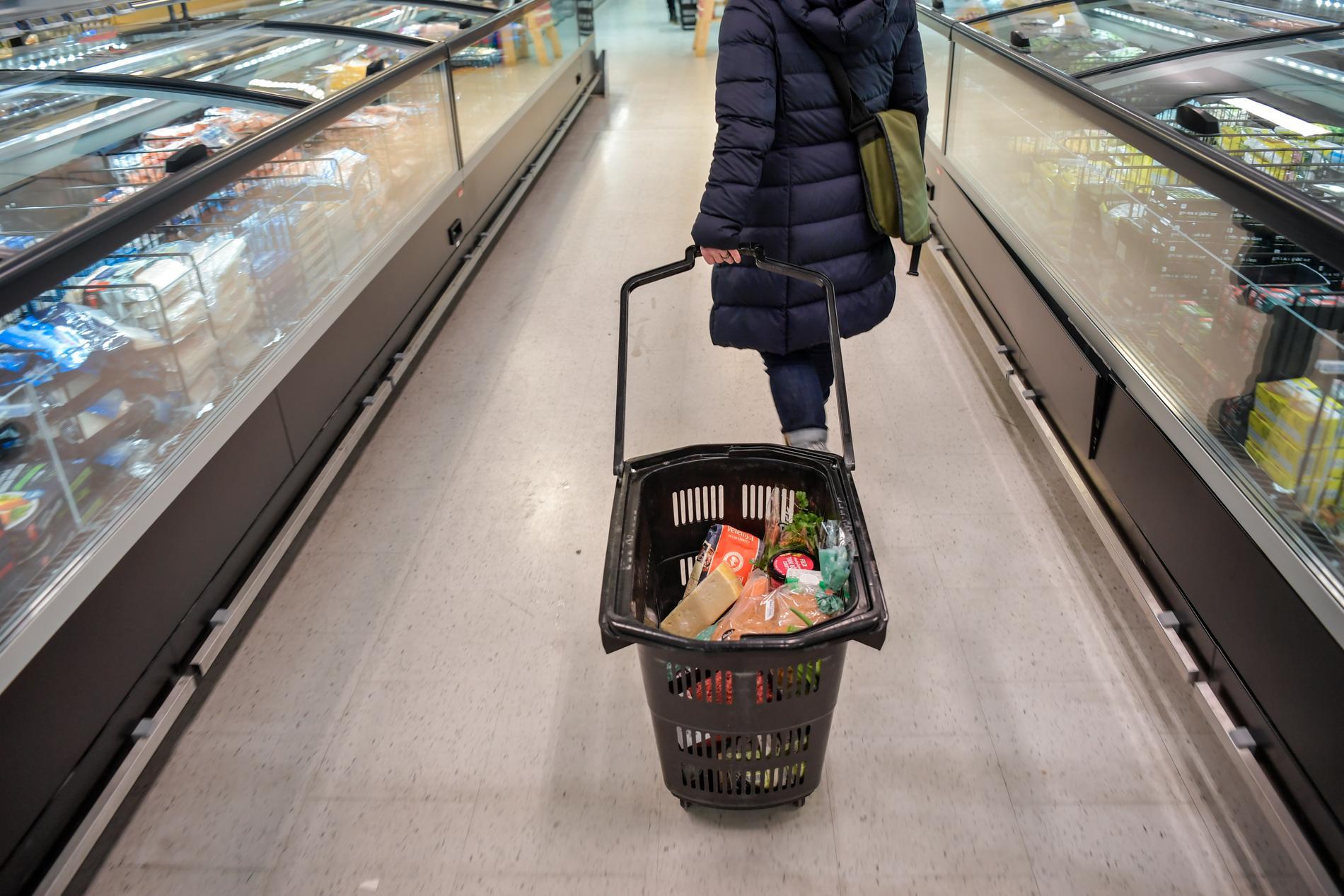 Livsmedelsverket arbetar nu med att återkalla produkter som innehåller det förbjudna ämnet etylenoxid. Giftet kan finnas i många produkter. Arkivbild.