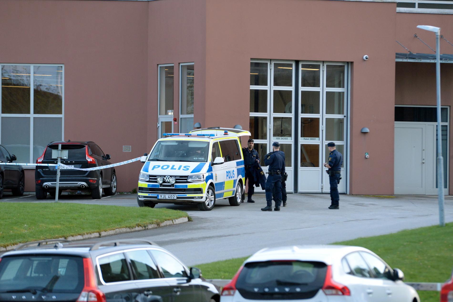 En kvinna ska vara gripen inne på akuten i Värnamo.