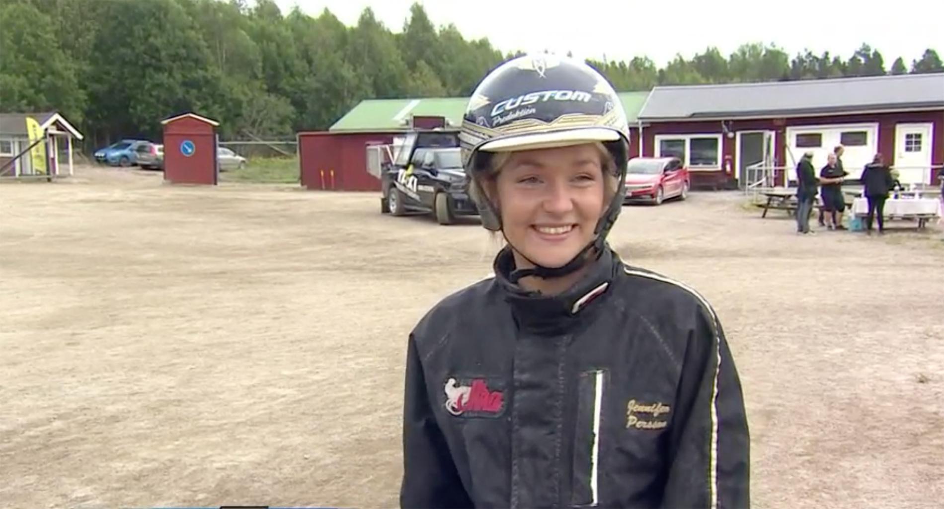 Jennifer Persson efter V75-segern.