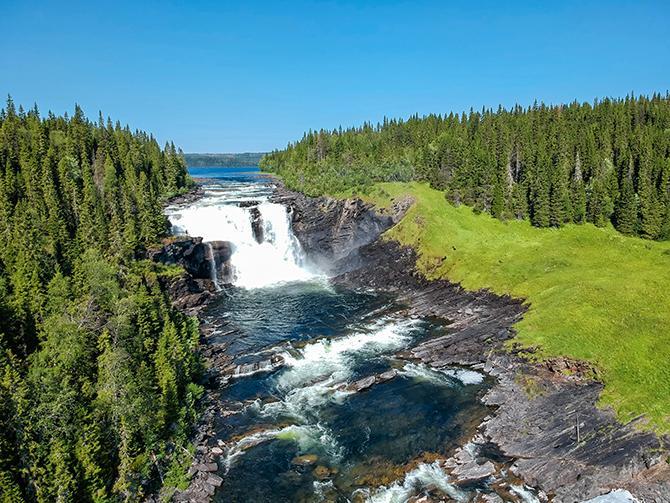 Tännforsen är ett av Sveriges största vattenfall.