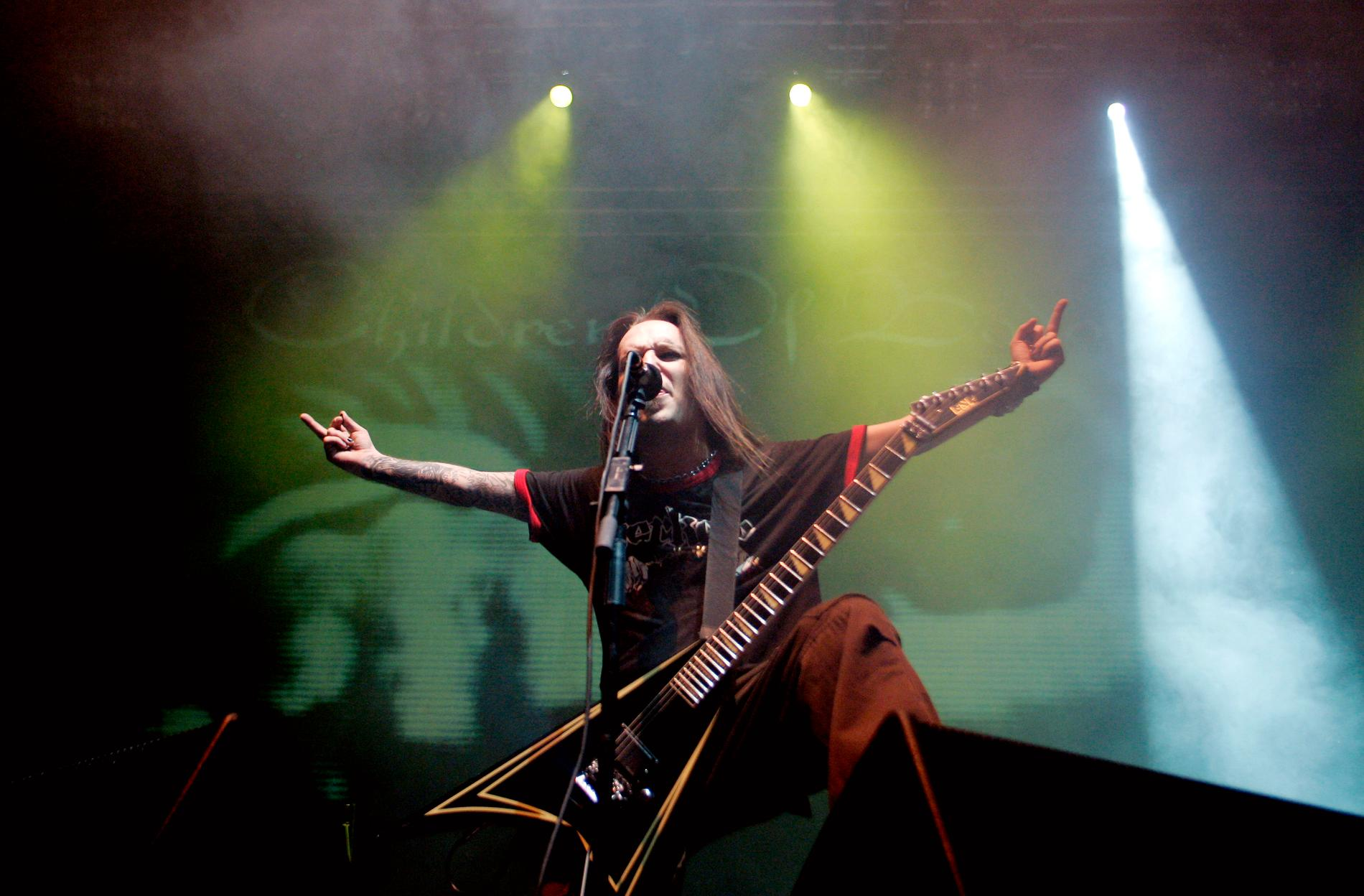 Alexi Laiho på scen med Children Of Bodom i Oslo den 15 november 2006, under den då pågående Unholy Alliance-turnén tillsammans med bland andra Slayer och Lamb Of God.