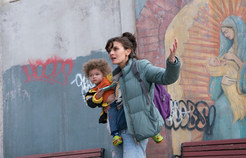 """KÄMPANDE MAMMA. Bridgette i """"Smilf"""" är en av många ickeperfekta tv-mammor. Men var är papporna?"""