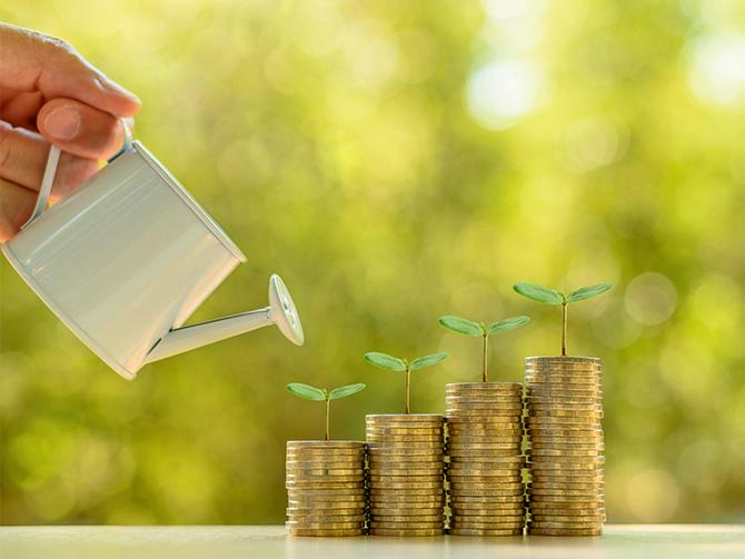 Mer pension avsatt när man tjänar under 200 000 kr? Sparekonomen Christina Sahlberg, Compricer, svarar
