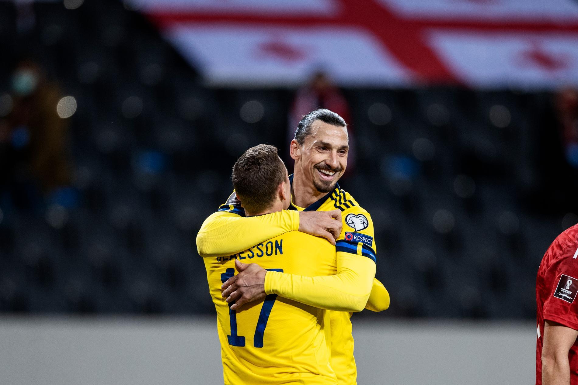 Zlatan jublar under VM-kvalmatchen mellan Sverige och Georgien.