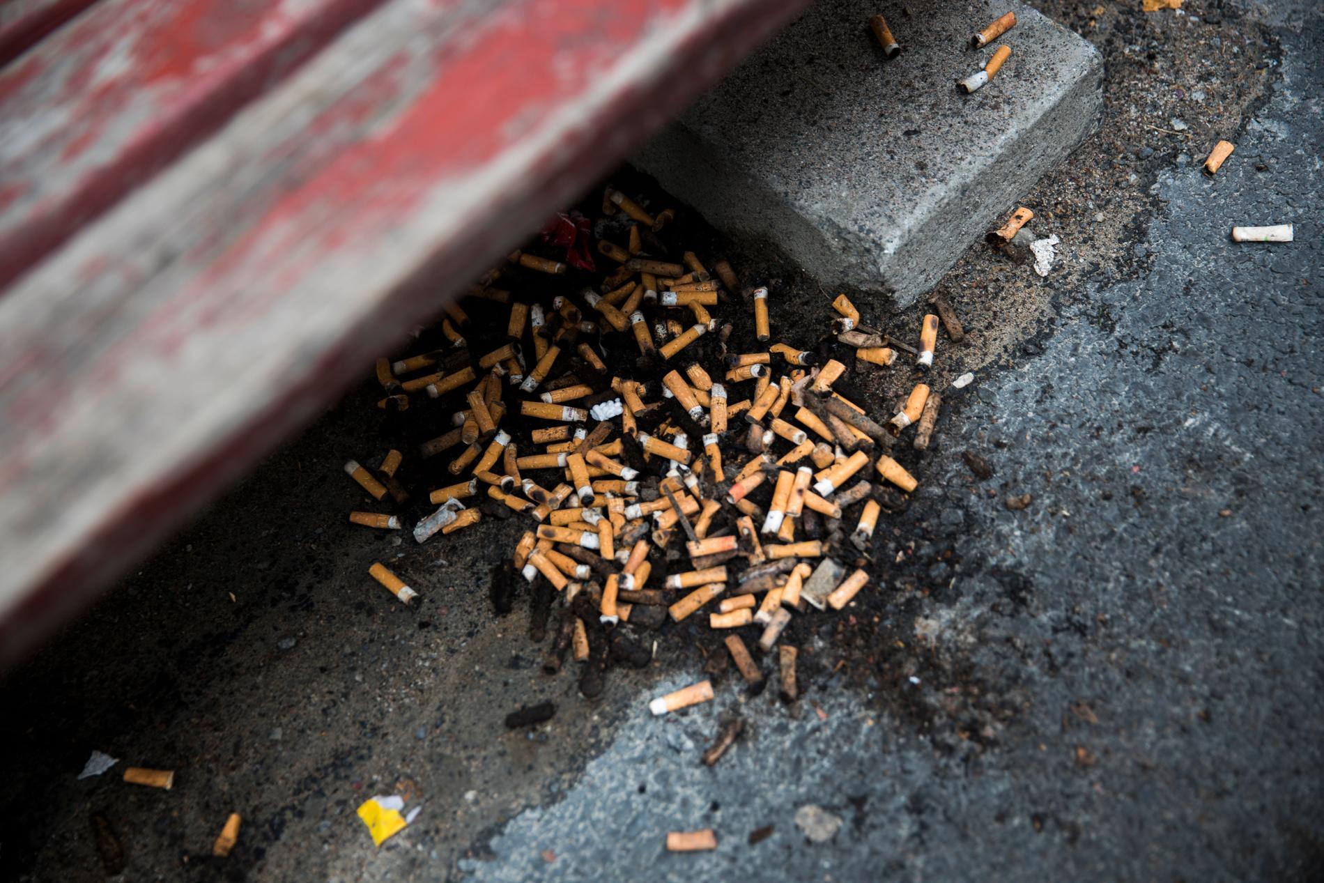 Fimpar som slängs på gatorna är ett stort miljöproblem. Arkivbild.
