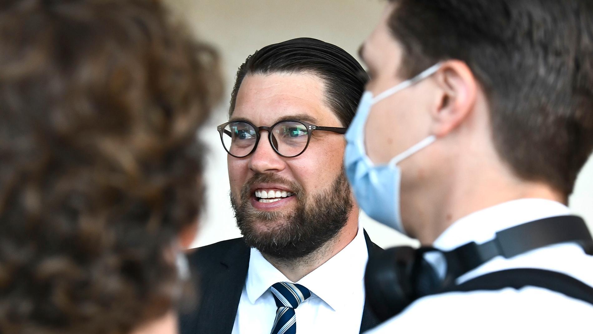 Jimmie Åkesson är glad.
