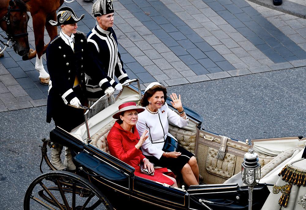 Elke Büdenbender och drottning Silvia.