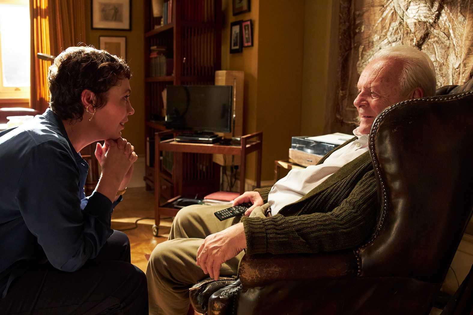 "Olivia Colman och Anthony Hopkins i ""The father""."
