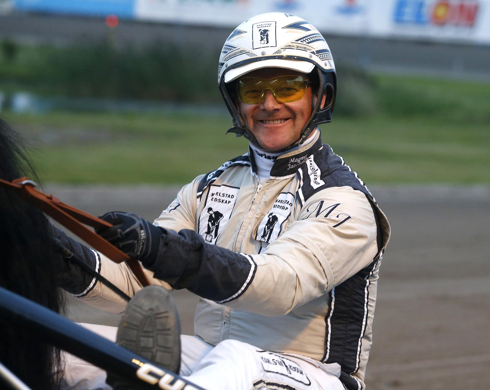 Magnus Jakobsson kör spiken på V64.
