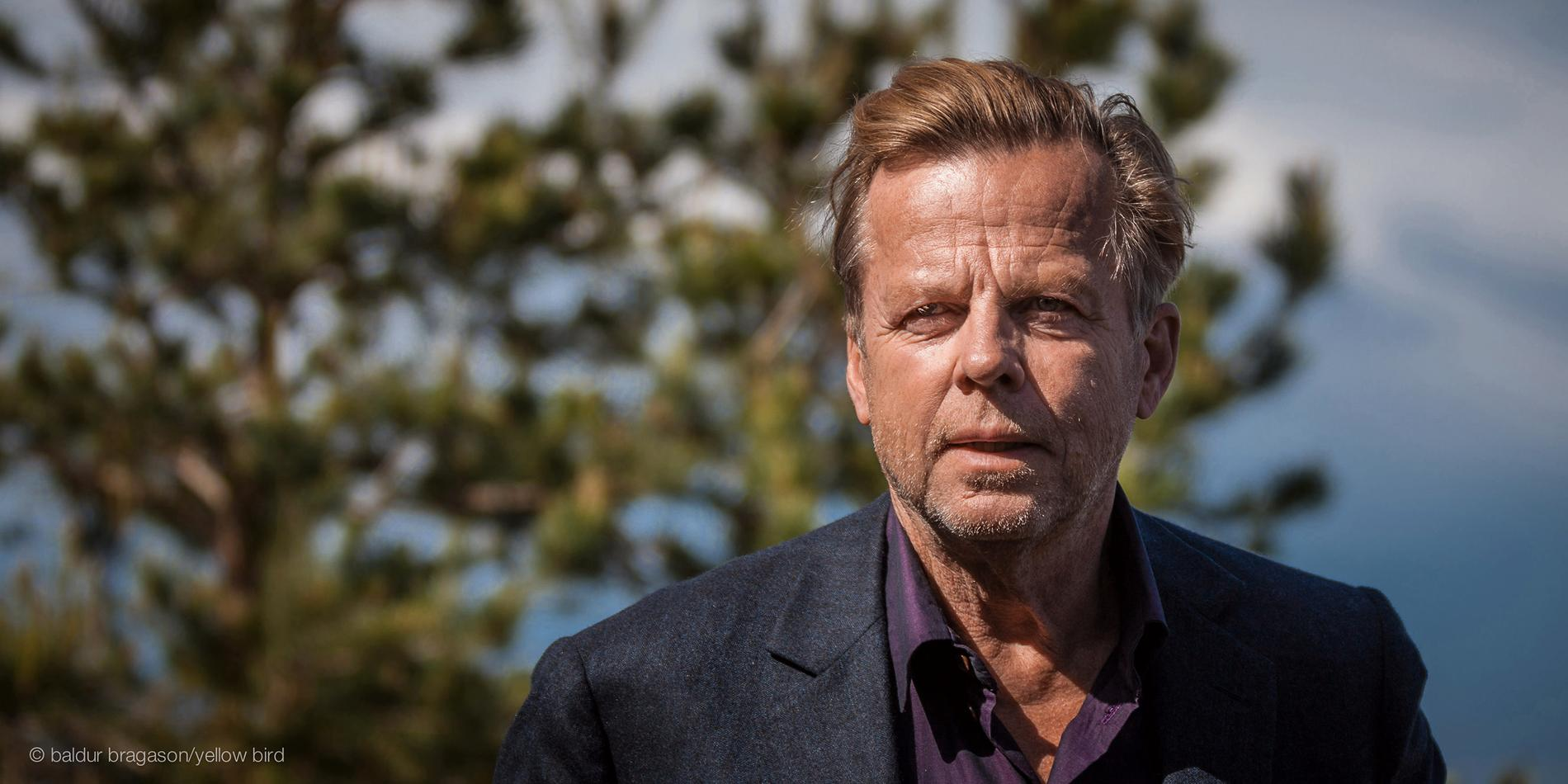 Krister Henriksson som Wallander.