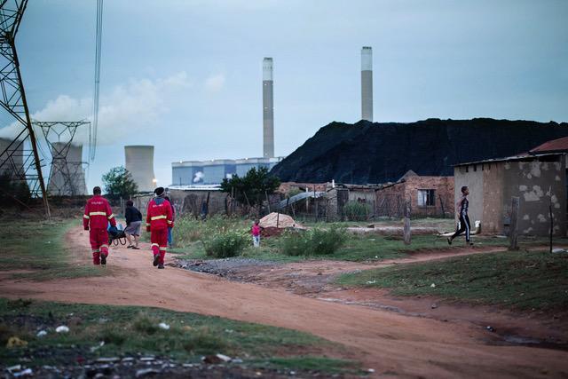 By intill kolkraftverk i Sydafrika.