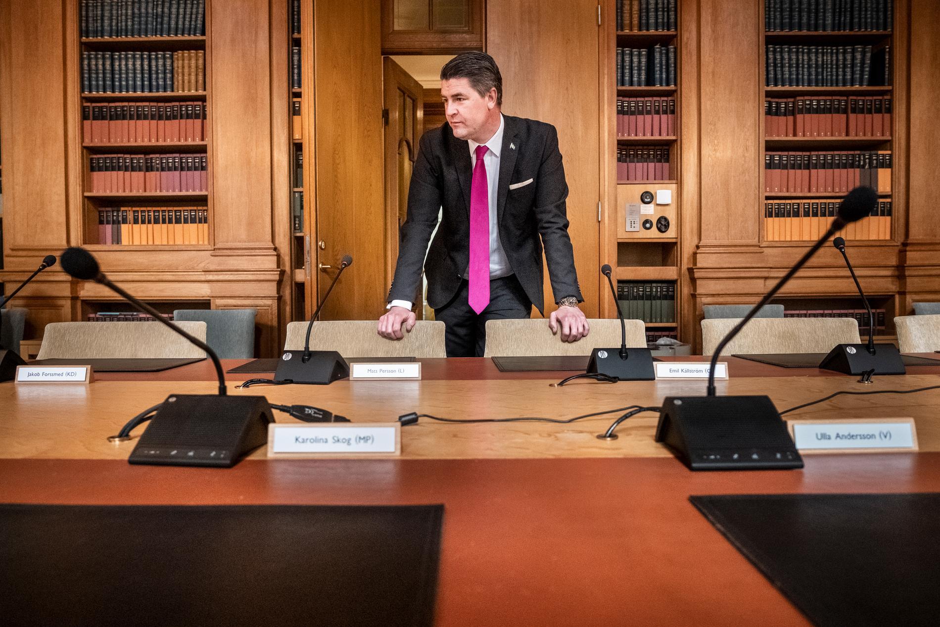 Oscar Sjöstedt, ekonomiskpolitisk talesperson för Sverigedemokraterna, i finansutskottet i riksdagen. Arkivbild.