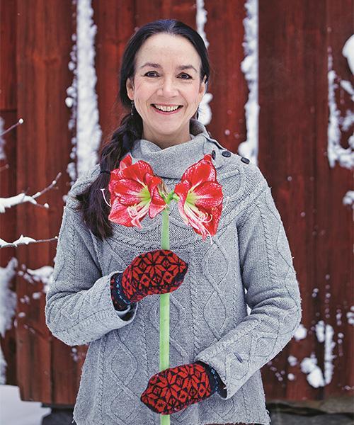 – Amaryllis är en förförande blomma som alla klarar av att sköta, säger blomsterexperten Susanna Rosén.