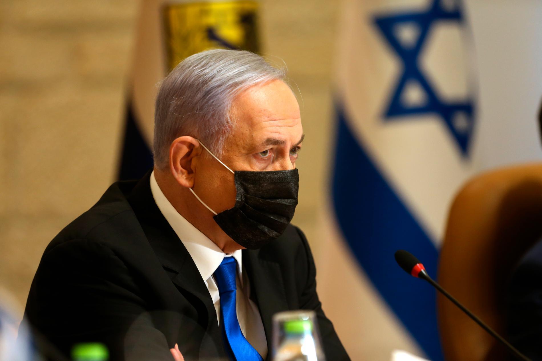 Israels premiärminister Benjamin Netanyahu kan tack vare konflikten förlänga sitt polistiska liv, skriver Wolfgang Hansson.
