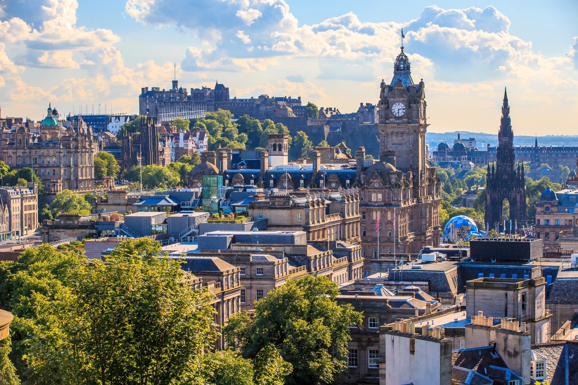 Edinburgh kallas ibland för nordens Aten.