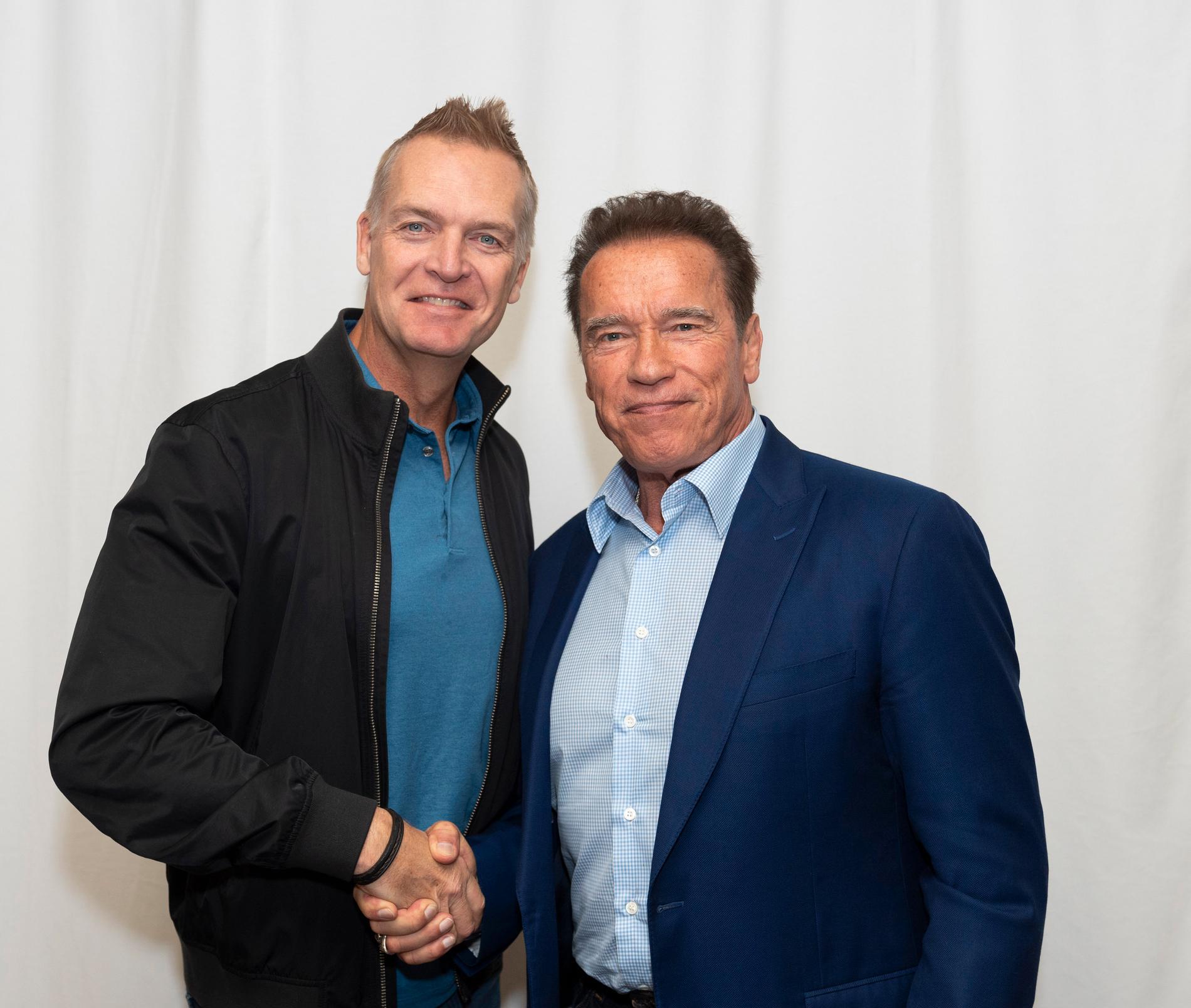 Nöjesbladets Hollywoodreporter Magnus Sundholm möter Arnold Schwarzenegger.