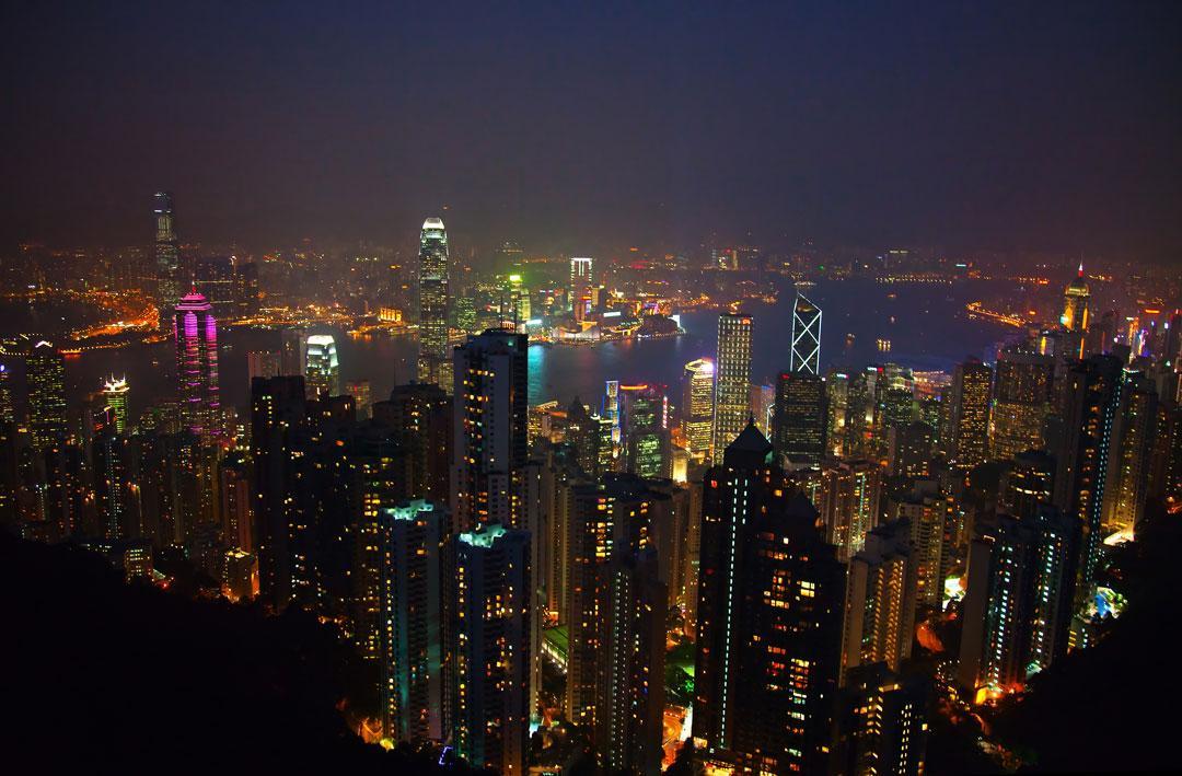 Hong Kong Jättestaden drar nu flest turister av alla storstäder i världen. Främst är det kineser som upptäcker staden.