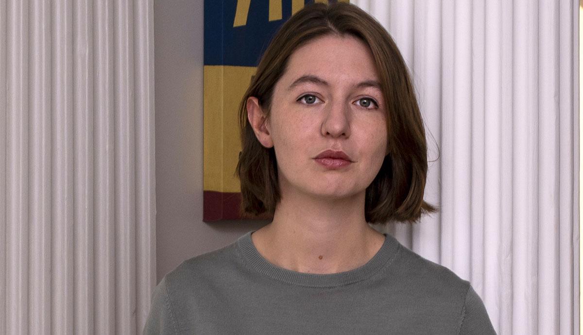 """Sally Rooney (f.-91) debuterade 2017 med """"Samtal med vänner"""" och är nu aktuell med sin tredje roman """"Vackra värld, var är du""""."""