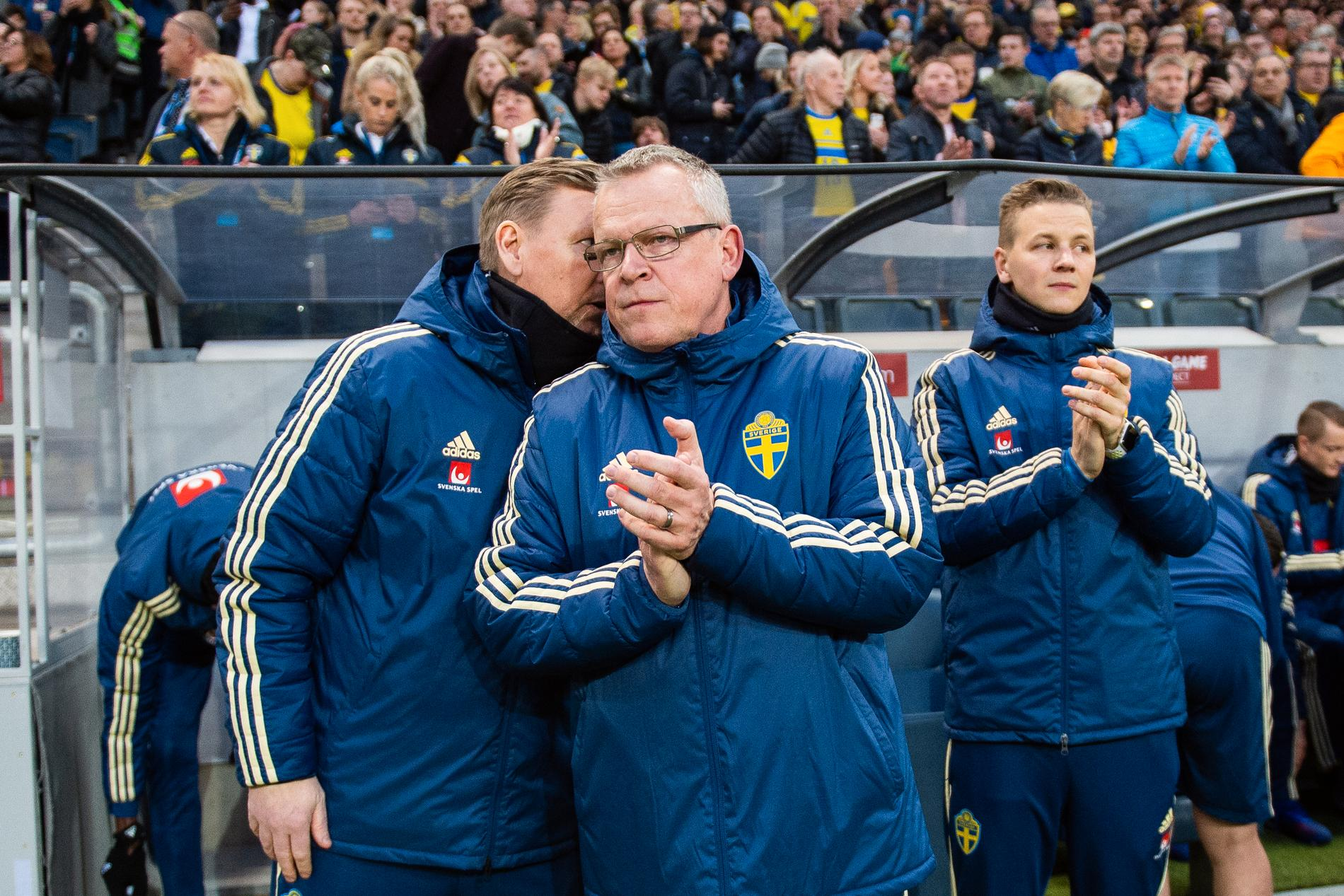 Wettergren med Janne under match.