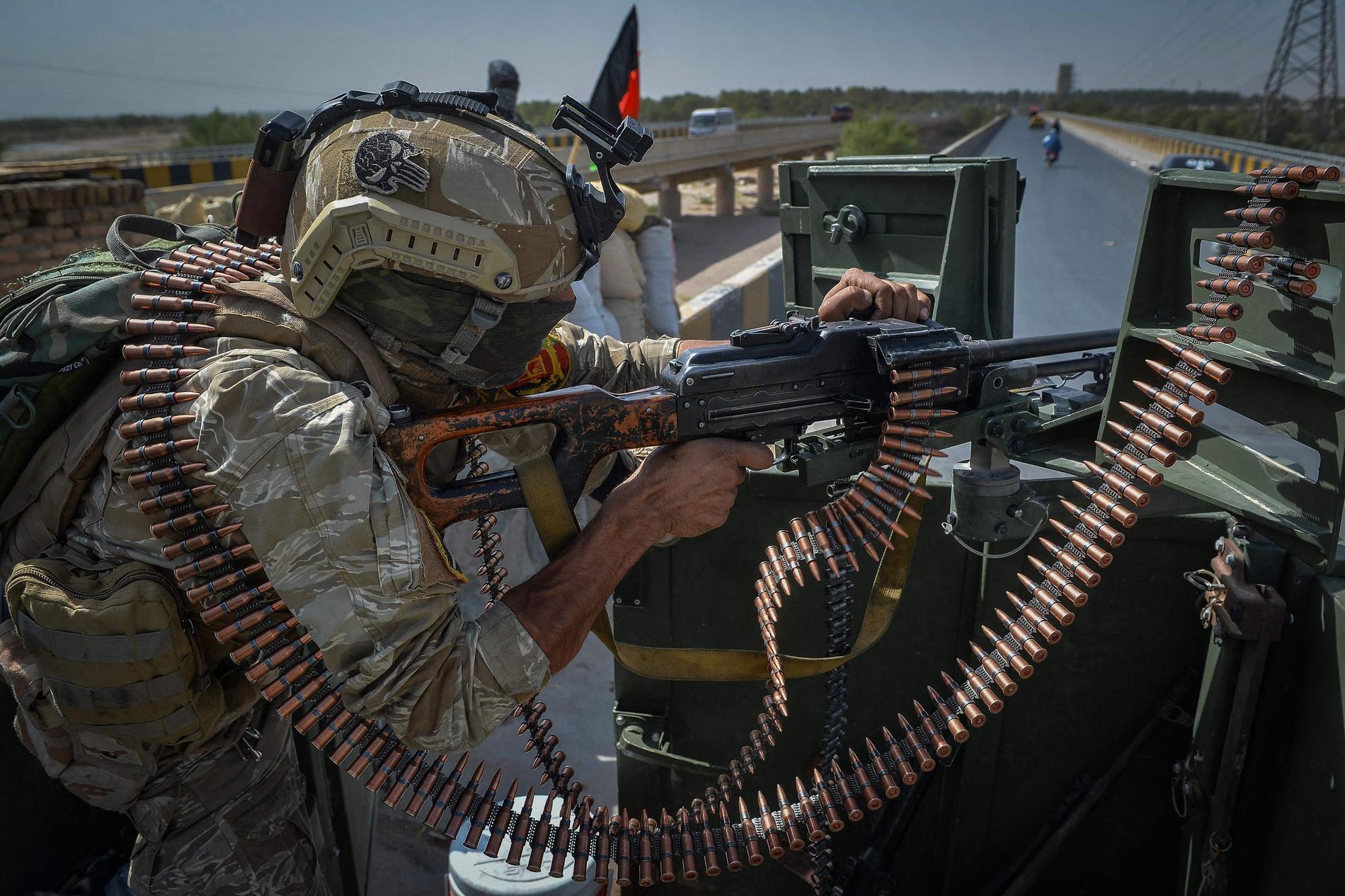 Säkerhetsvakt utanför FN:s stödmission för Afghanistans (UNAMA) högkvarter i Guzara i Heratprovinsen.