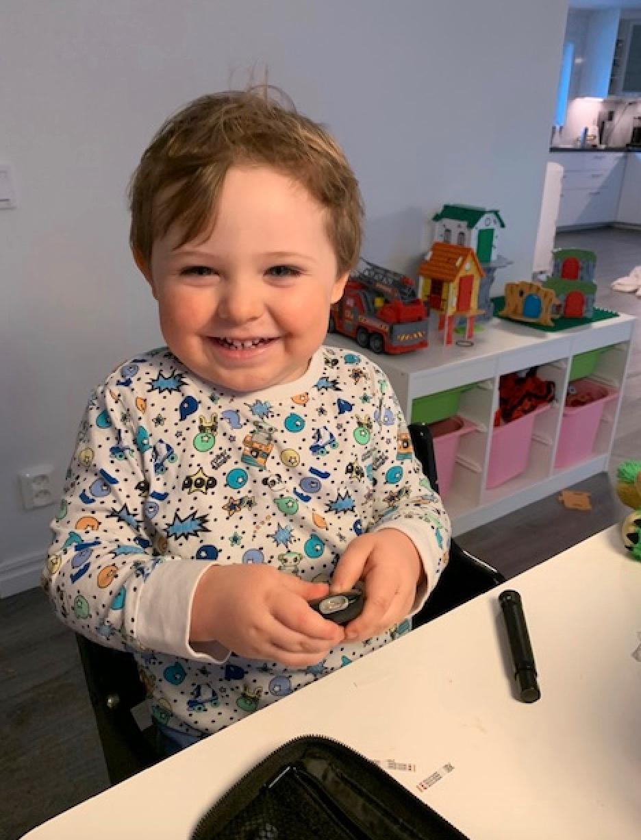 August har fått en resurs på förskolan som familjen hyllar.