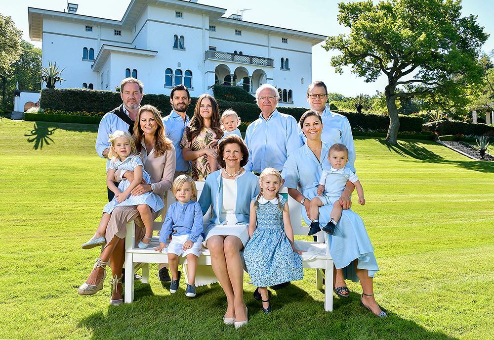 Kungen har tre barn och åtta barnbarn.
