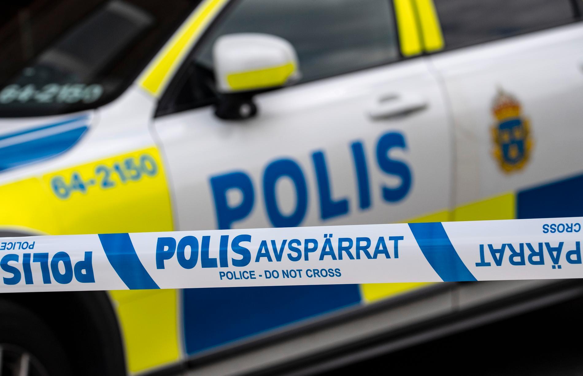 En man i 20-årsåldern har häktats, misstänkt för mordförsök på en jämnårig i Lidköping. Arkivbild.