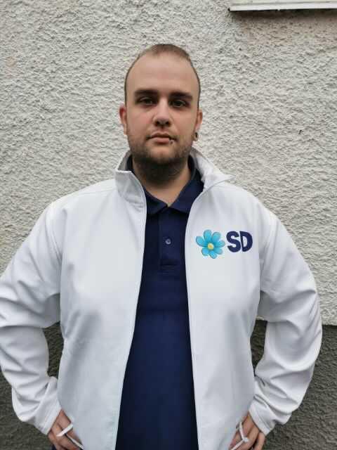 Douglas Blomberg ska representera SD i Norra Tjust pastorat.