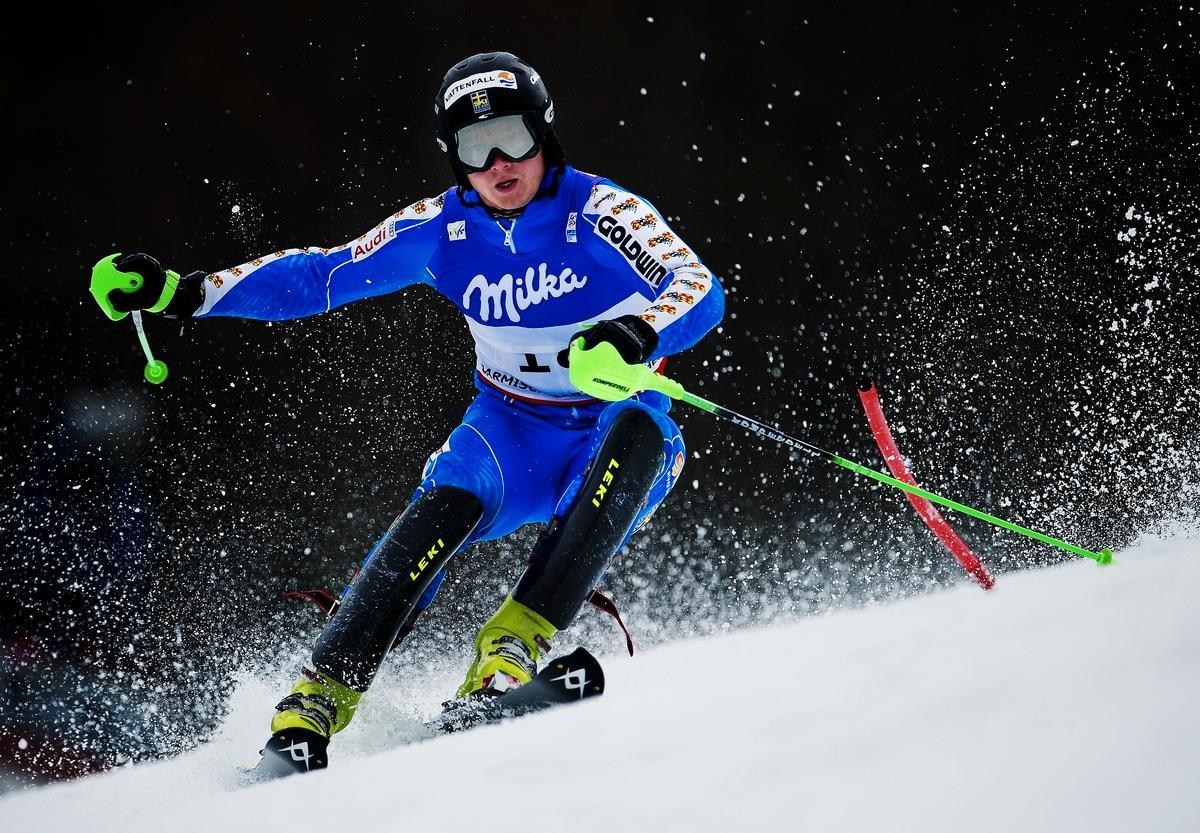 """""""Jag är tillbaka"""" Efter flera år av besvikelser och skador skrällde Jens Byggmark i går med ett VM-silver i Garmisch-Partenkirchen."""