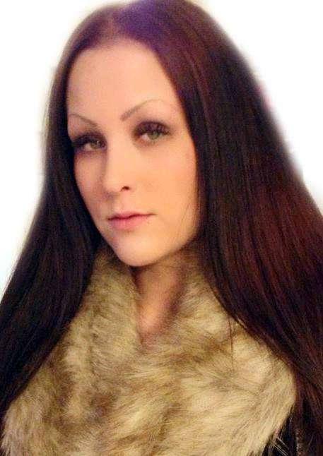 kvinna söker man mellan 30 och 50 trollhättan