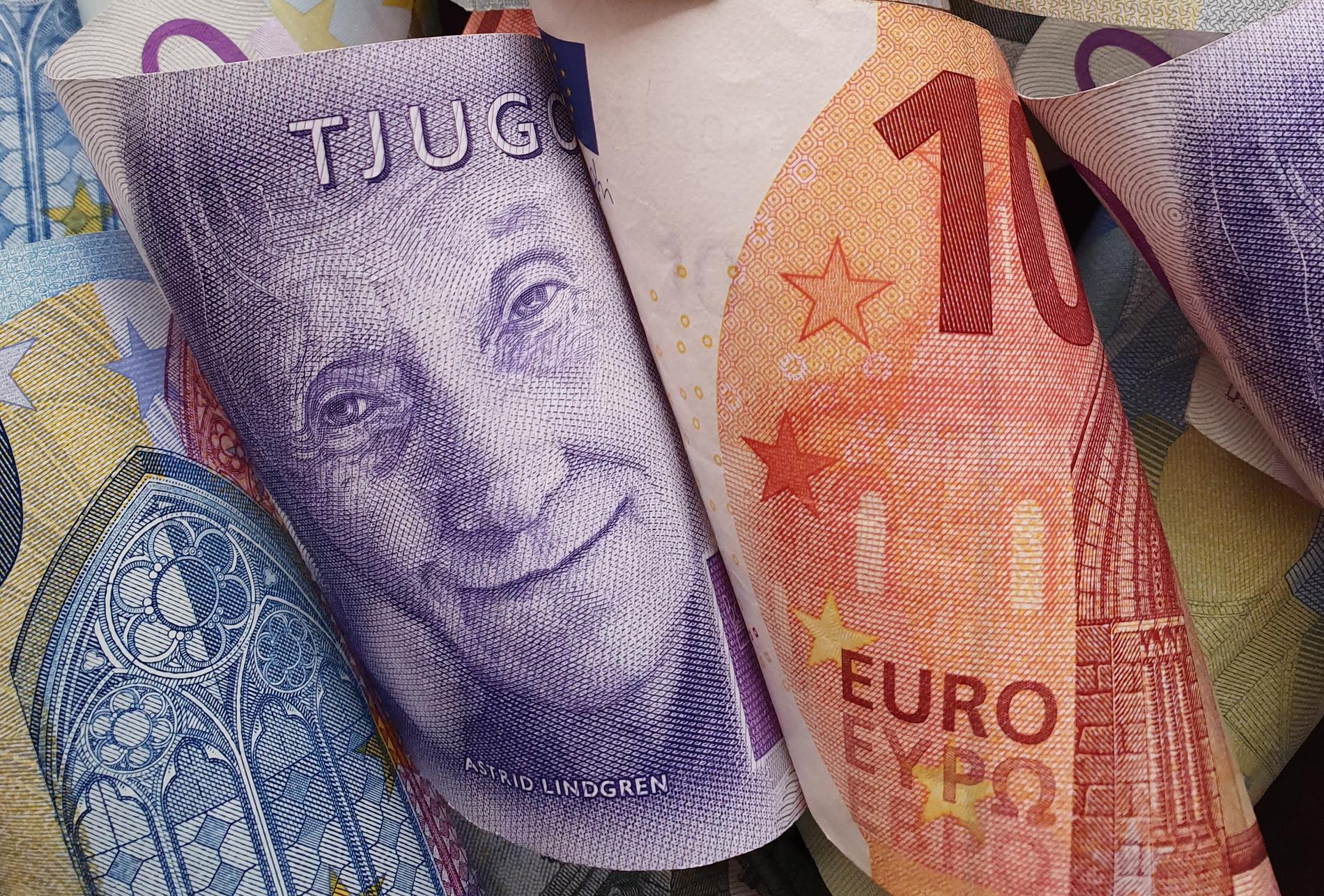 Placera pengarna där du får ränta på dem, tipsar Frida Bratt.