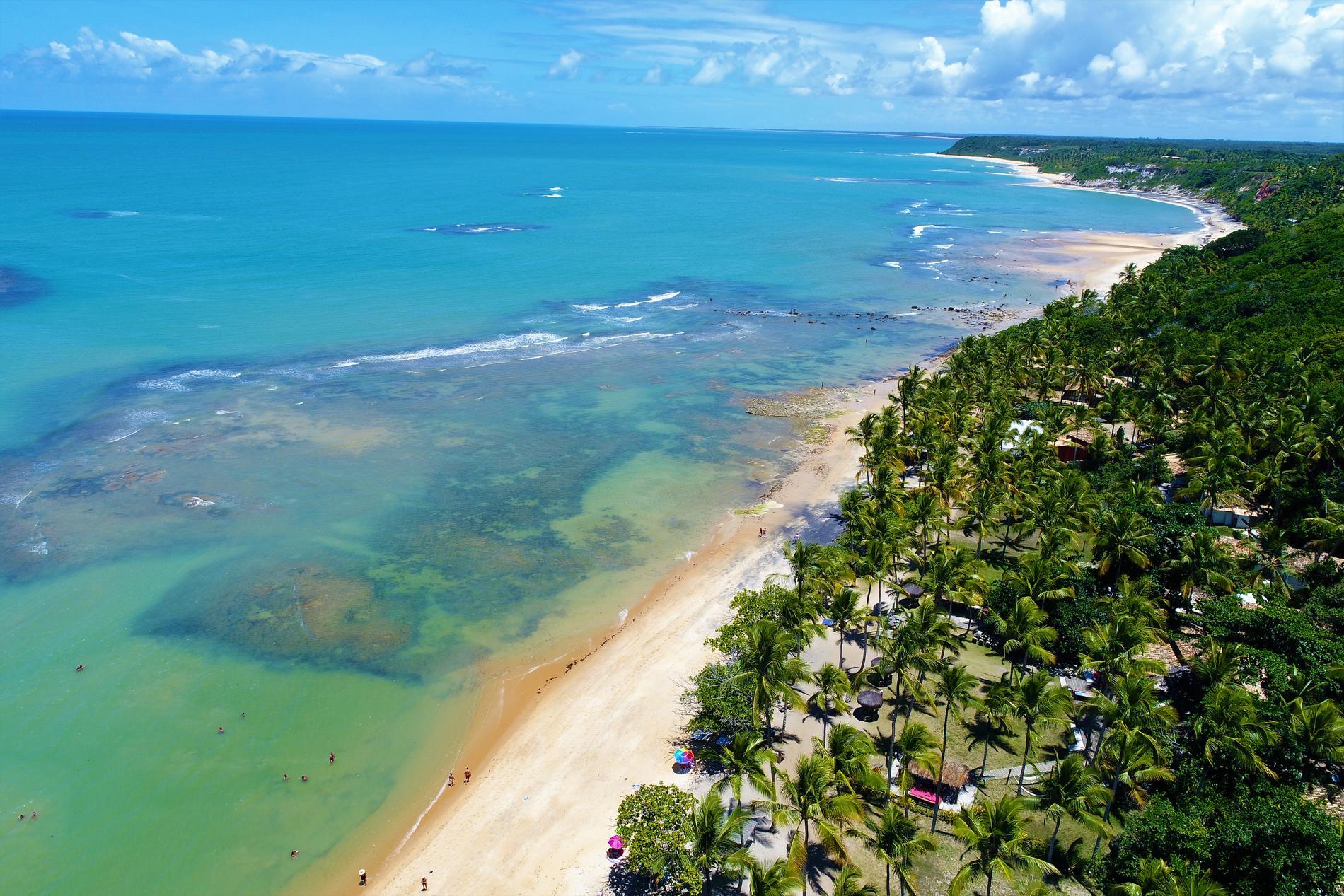 Många vill uppleva Rio de Janeiro för att sedan sola och bada, kanske på stranden i Trancoso, i Bahia?