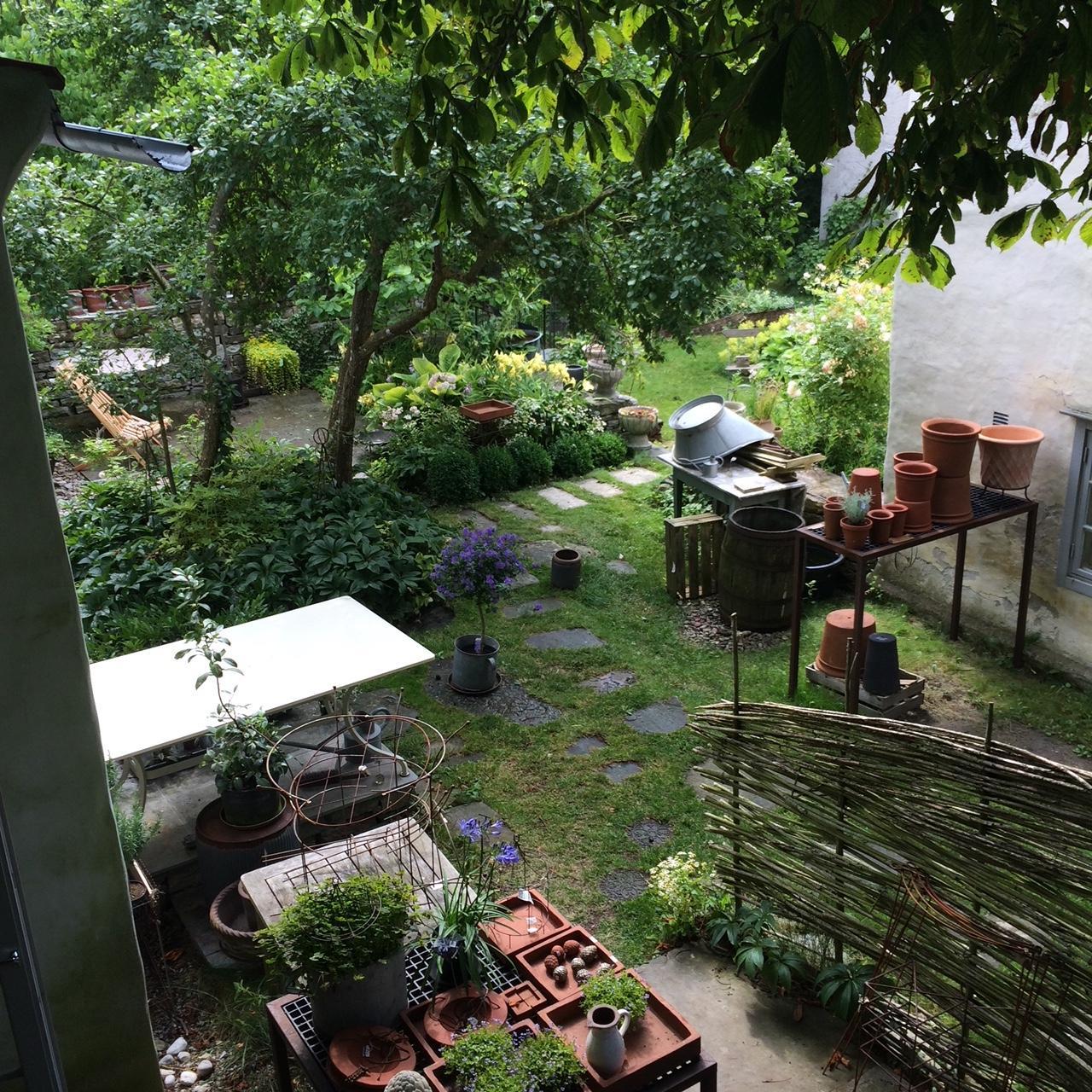 Mycket grön inspiration hos Verdus veranda i Hablingbo på Gotland.