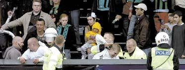 Arenaattacken i Göteborg kan sluta med att AIK frias helt. Detta om utredningen visar att polisen agerat fel.