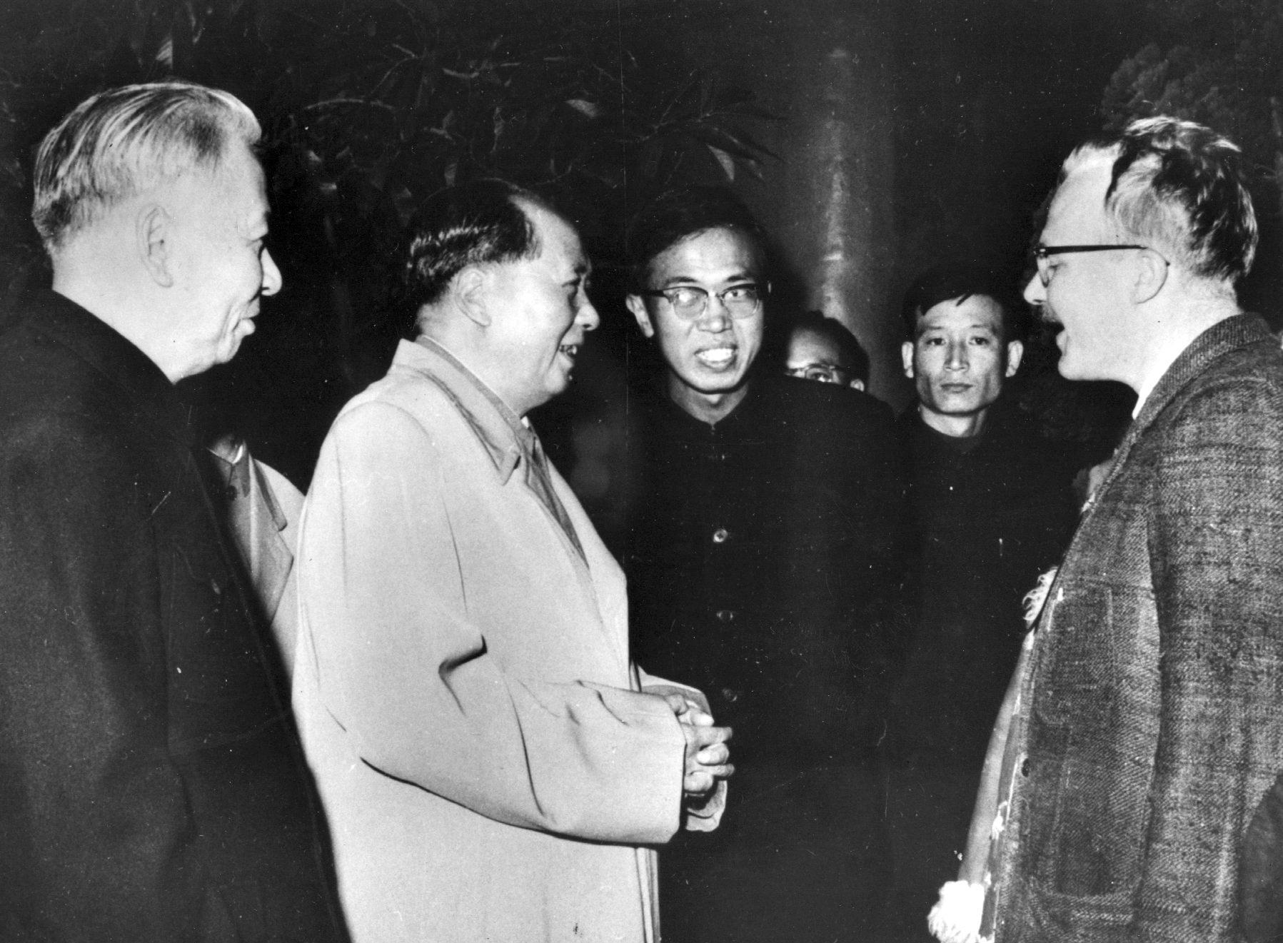 Jan Myrdal träffar Mao under en av sina många kinaresor. Arkiv 1967