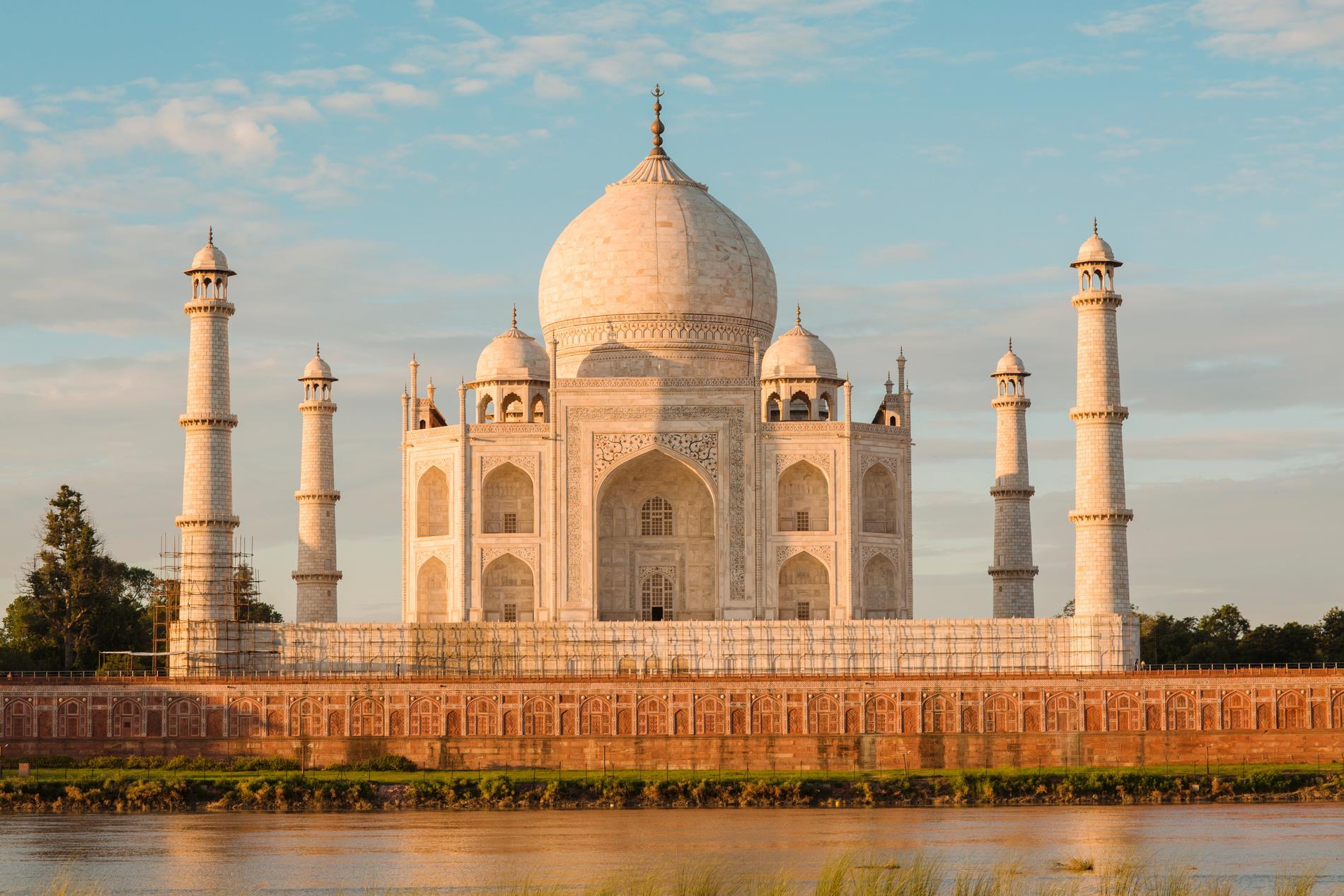 Taj Mahal byggdes åt mogulhärskarens favorithustru.