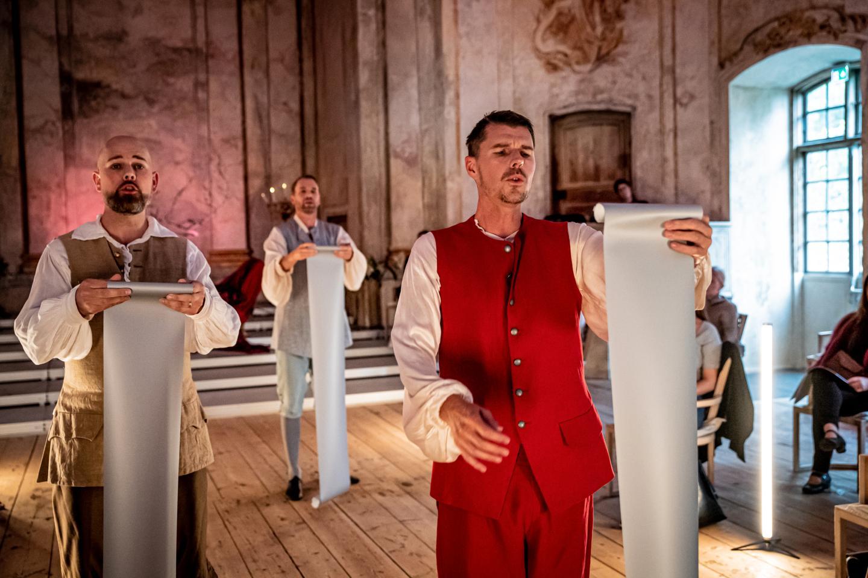 Anders J Dahlin och ensemble hyllar musikens skyddshelgon på Confidencen.
