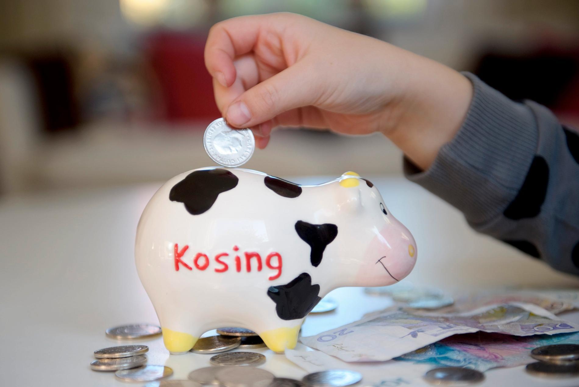 Att spara pengar till barnen är viktigt att prata om, menar Jacob Liebermann, rådgivningschef Fundler.
