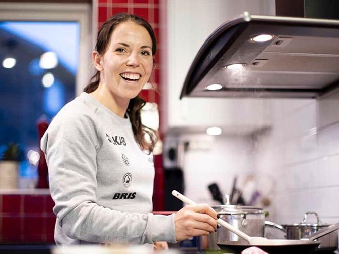 Det blir helst vegetarisk middag när Charlotte Kalla lagar mat.