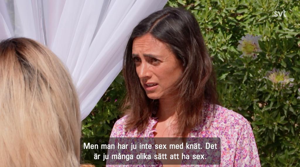 Ett av paren, Rosinja och David, i samtal med sexolog-Louise.