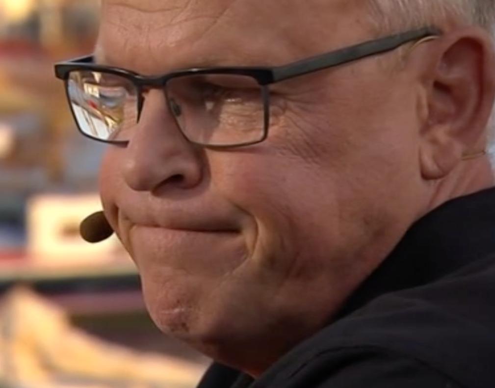 Janne Andersson fick videohälsning av Mikael Lustig, Sebastian Larsson och Marcus Berg i Tilde i TV4.