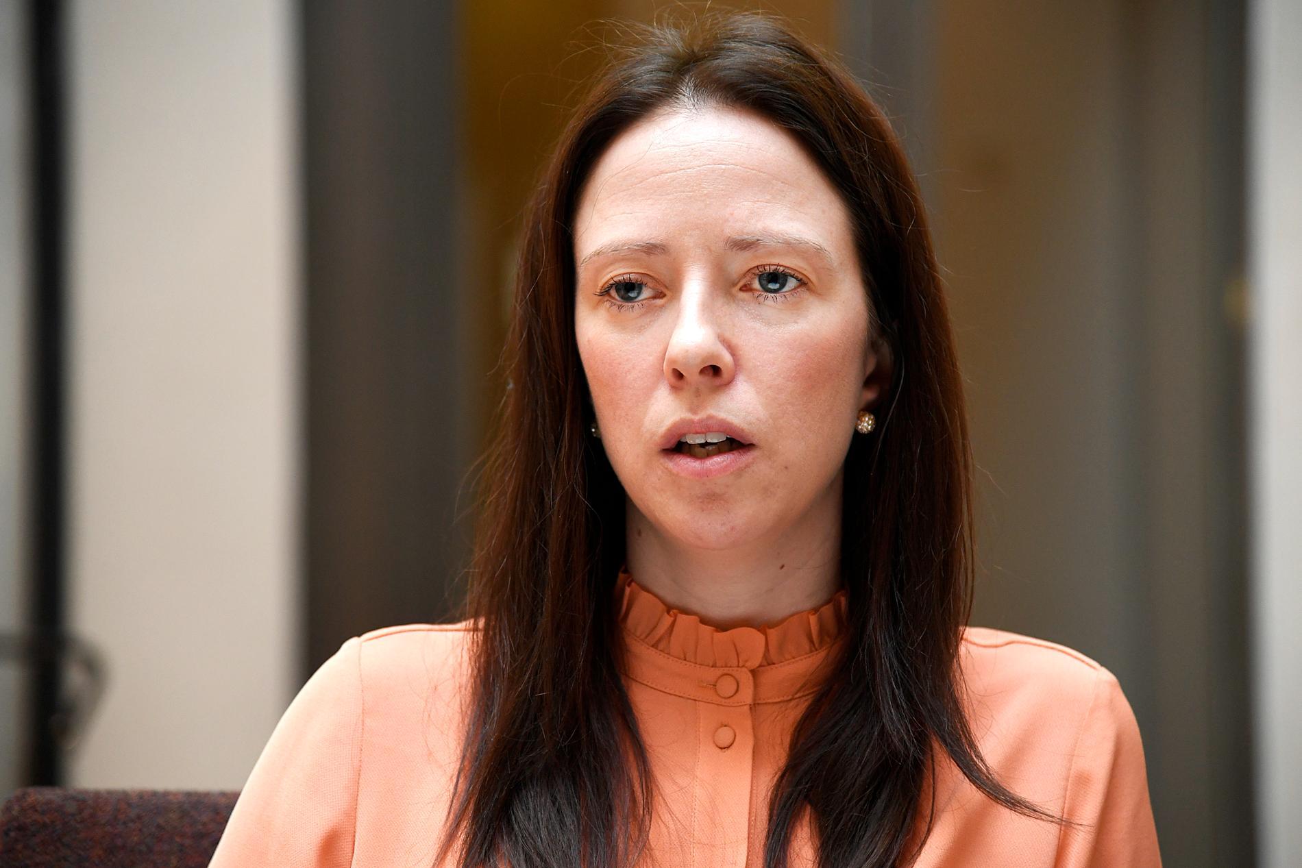 Åsa Lindhagen (MP) vill se en ny lagstiftning.