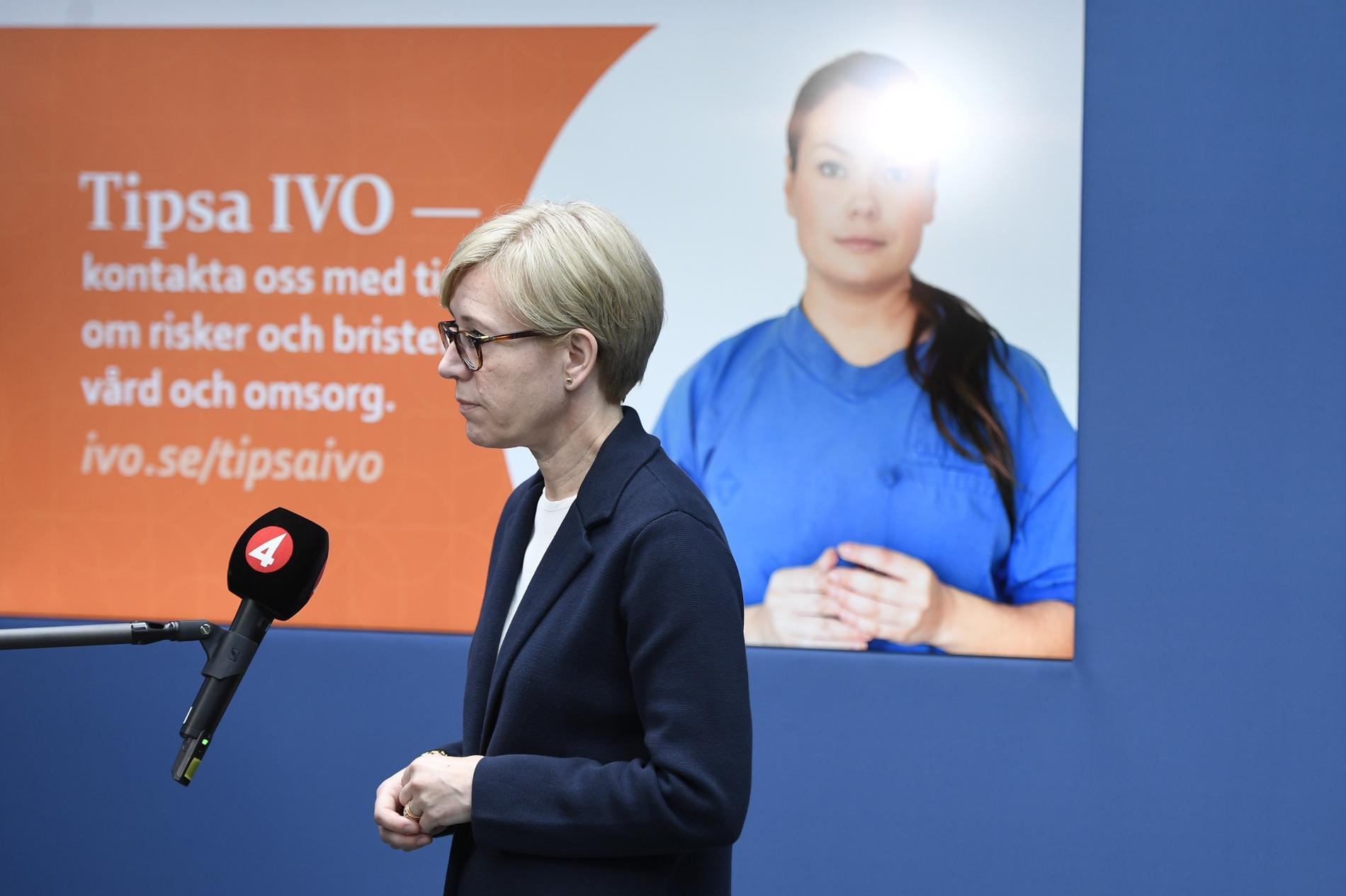 Sofia Wallström, generaldirektör på Inspektionen för vård och omsorg (Ivo), på en pressträff förra året om granskningen av vården på äldreboenden under covid-19. Arkivbild.