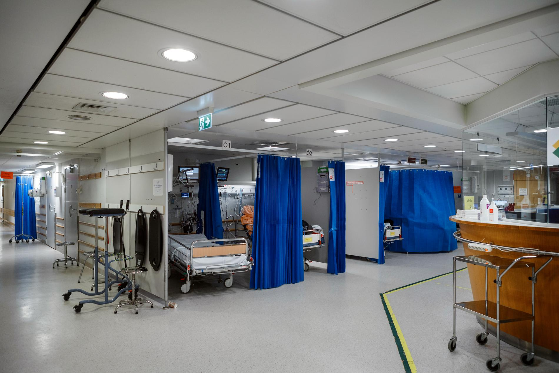 Färre patienter fick vård på sjukhus under förra året, jämfört med året innan. Arkivbild.