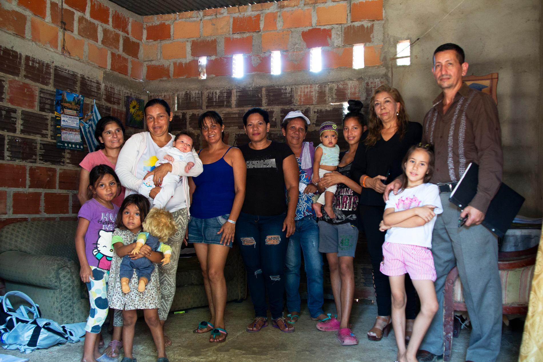 I huset på tre rum och kök har Yasmin och hennes familj som mest haft 25 flyktingar boende.